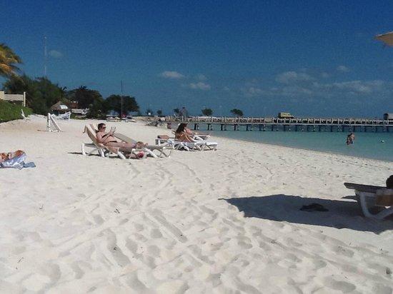 Villa del Palmar Cancun Beach Resort & Spa: View from the beach
