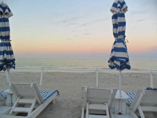 Bungalow Beach Resort : Peace....