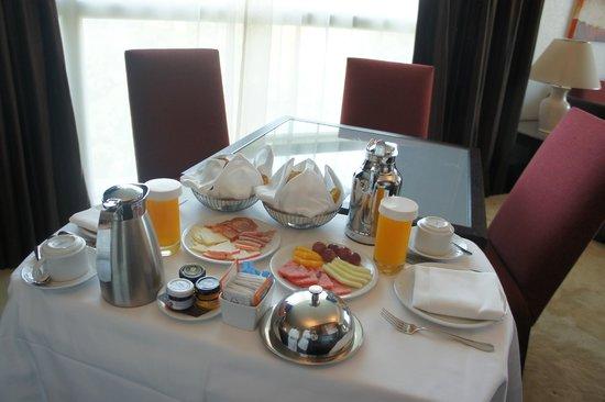 Sheraton Porto Hotel & Spa : pequeno almoço