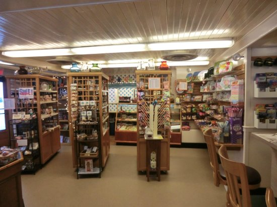 Goldenrod Restaurant: candy shop
