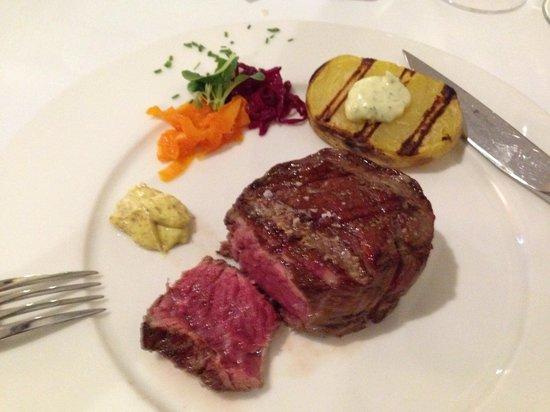 Restaurante 9 Reinas: My Tenderloin Steak 200GM