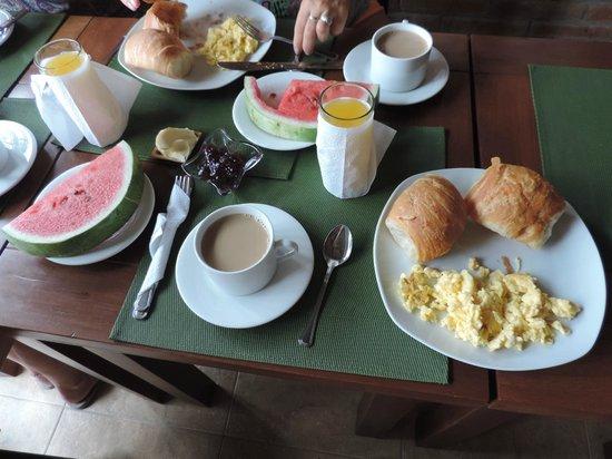 Tavarua Hotel: Desayuno excelente