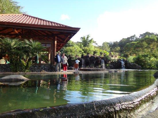 La Paz Waterfall Gardens: El Lago de Truchas