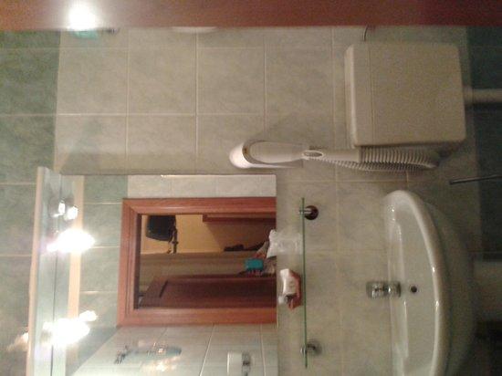 Hotel Axial: Bagno