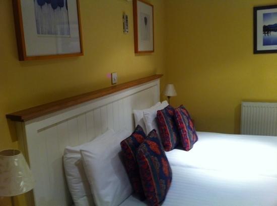 Dovey Inn: Room 1, twin plus sea view.