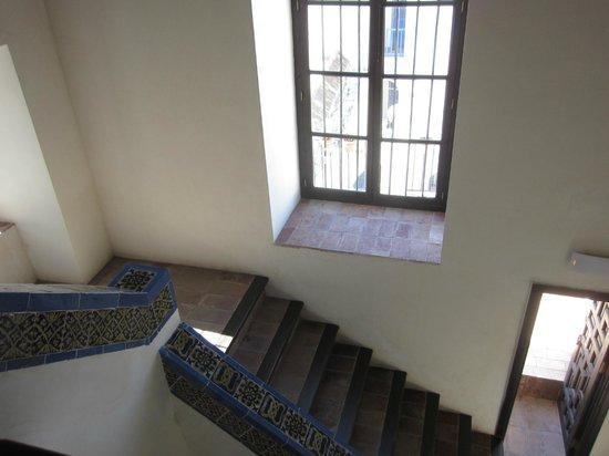 Las Casas de la Judería: stairs