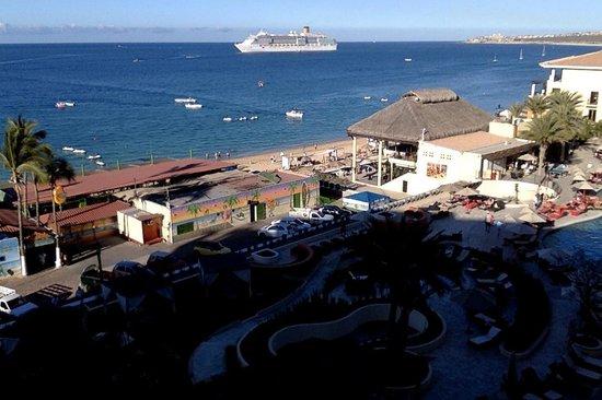 Casa Dorada Los Cabos Resort & Spa: View over 12 Tribes Restaurant / Mango Deck