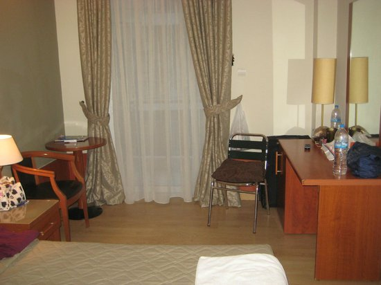 Acropolis Select Hotel: room