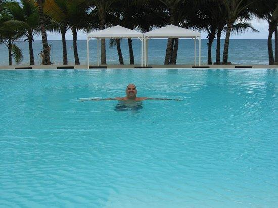Millennium Resort & Spa : infinity pool