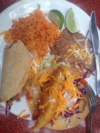 Miguel's Cocina : Fish Tacos