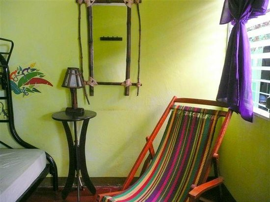 Hostal Entre Amigos: Private room without bath