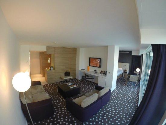Suite Superieur Salon Picture Of Hotel Barriere Lille