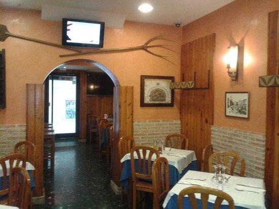 Riqu simos los sesos de cordero a la romana picture of for Restaurante puerto rico madrid