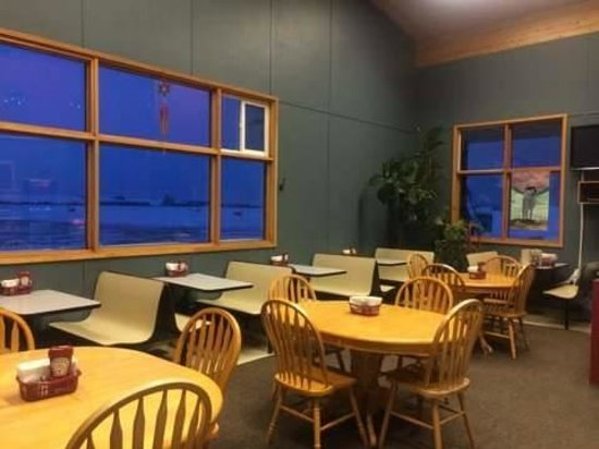 Airport Cafe: new layout
