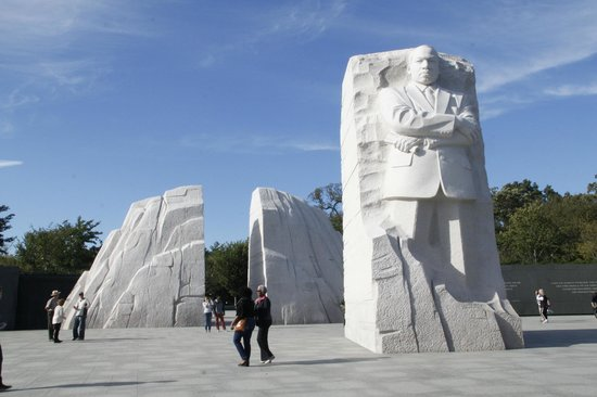 Martin Luther King, Jr. Memorial : Out of the Mountain