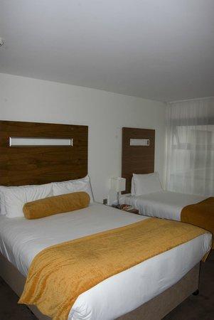 Clayton Hotel Galway: Standard room