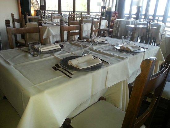 Hotel 2 Mari: sala ristorante
