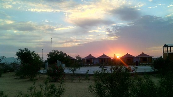 Blissful Sunrise view at Desert Safariors Camps
