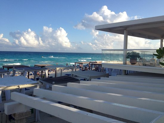 Panama Jack Resorts Cancun: View from the pool deck
