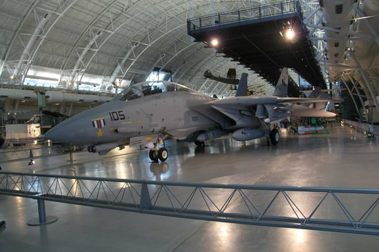 Smithsonian National Air and Space Museum Steven F. Udvar-Hazy Center: Tomcat