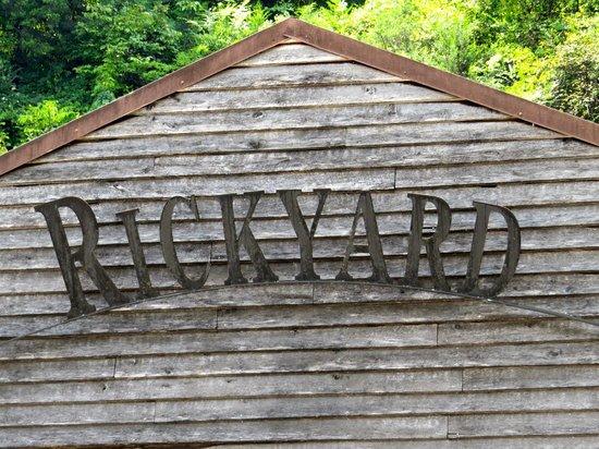 Jack Daniel's Distillery: Rickyard