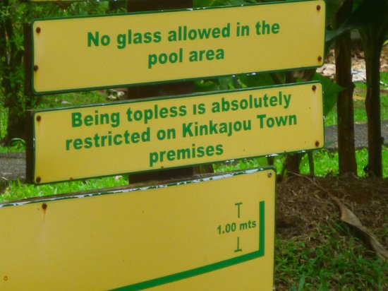 La Quinta Sarapiquí Lodge : signage