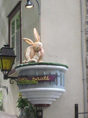 Le Lapin Sauté: taken front across the street Lapin Saute