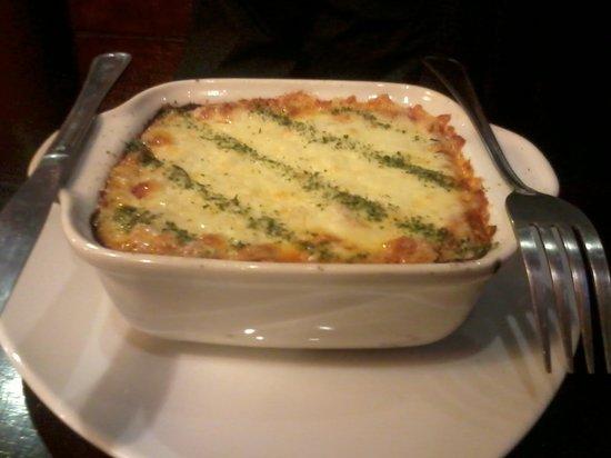 Panino Pizza Pasta y Vino: lasagna exquisita