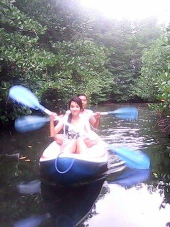 Mangrove Forest Nusa Lembongan : Kayaking at Mangrove set by Warung Paradise