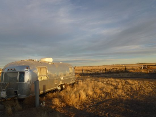 Tumble In Marfa RV Park : Afternoon light