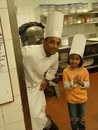 The Oberoi Amarvilas: Baking time with chef