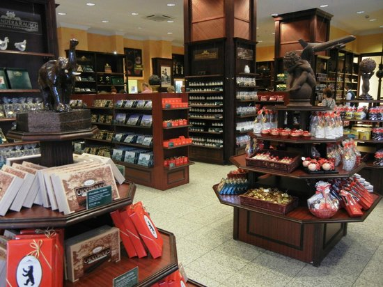 Fassbender & Rausch Chocolatiers am Gendarmenmarkt: Decoração do lado de dentro