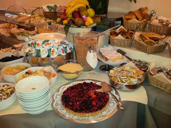 Hotel Degli Orafi: Breakfast