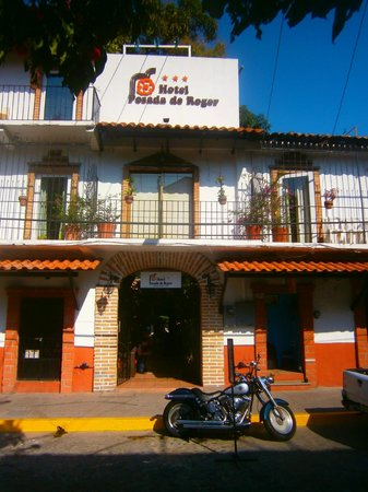 Old Vallarta: hotel roger in old puerto vallarta