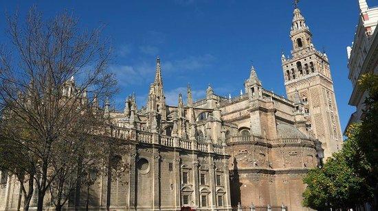 Catedral de Sevilla: セビリア大聖堂外観
