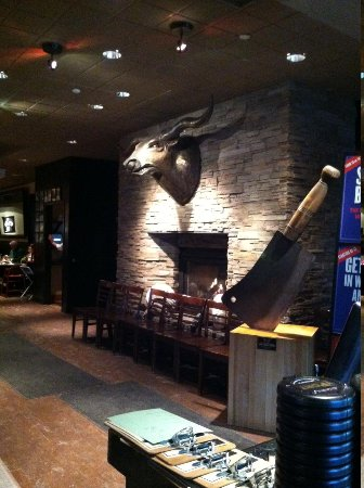 Pittsburgh Blue Steakhouse : Entry/bar
