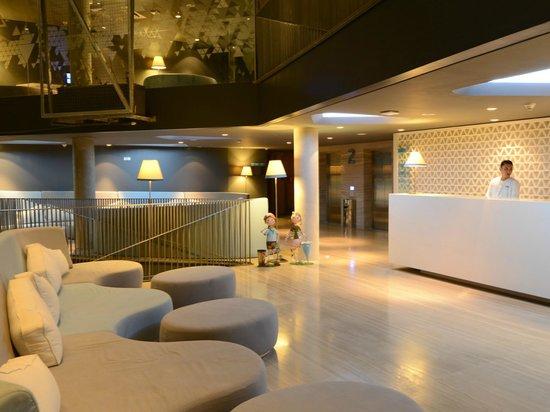 巴厘島水明漾IZE酒店