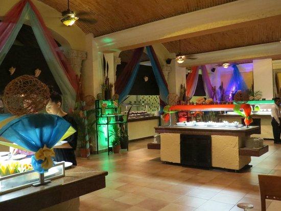Gran Porto Resort: Mexican Fiesta Night at the Buffet