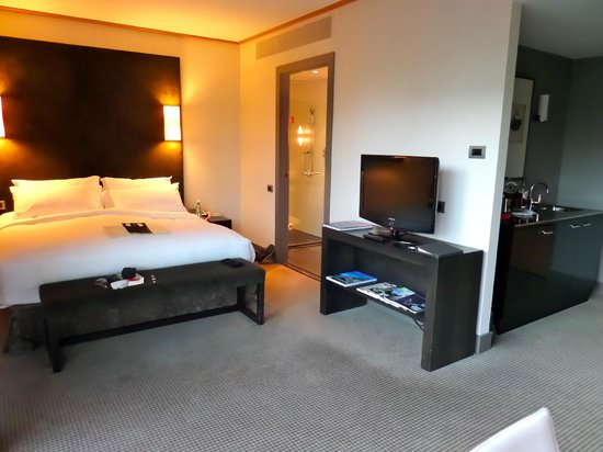 Sofitel Auckland Viaduct Harbour: Standard King Room