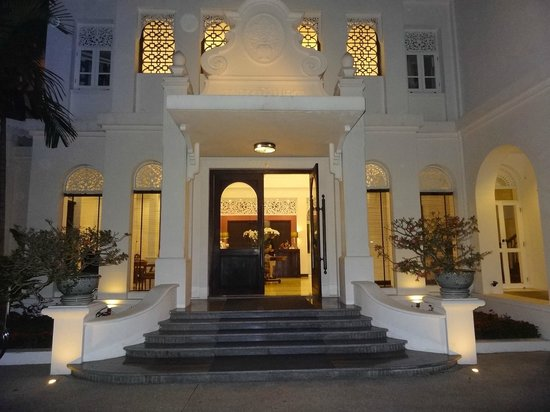 Ping Nakara Boutique Hotel & Spa: front of the hotel