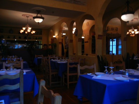 Asteras Greek Taverna : 店内