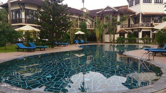 Hoi An Riverside Resort & Spa: Hotel pool