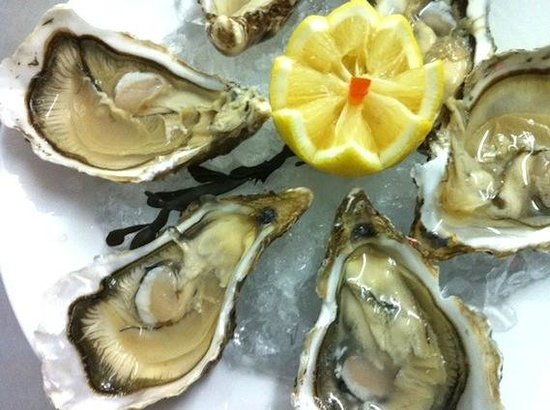 Le Bordeaux: huitres oyster from france