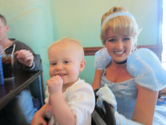Ariel's Grotto: Cindy came to visit