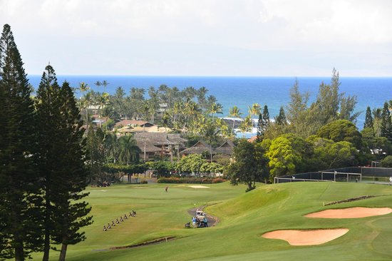 The Kapalua Villas, Maui: Balcony view from golf villa