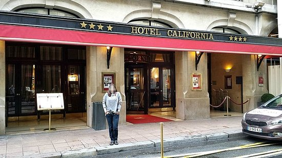 Hotel California Paris Champs Elysees : Hotel Entrance