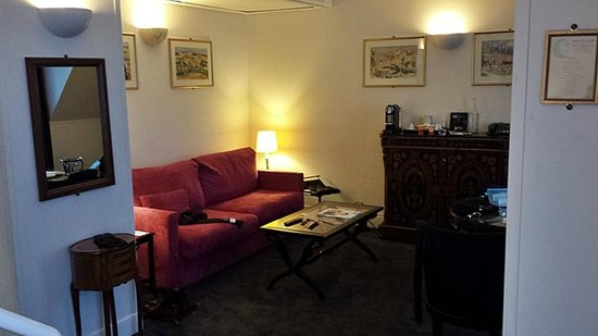 Hotel California Paris Champs Elysees: Suite 705