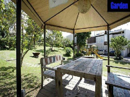 Tigadis Villa: Garden