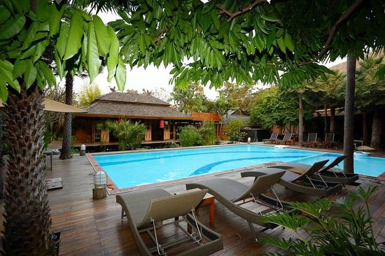 VC@Suanpaak Hotel & Serviced Apartment: Swimming Pool