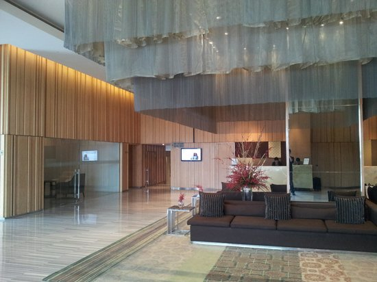 Holiday Inn New Delhi Mayur Vihar Noida: Hotel Lobby